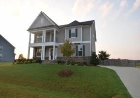 199 W Wellesley Dr Clayton,North Carolina 27520,4 Bedrooms Bedrooms,2 BathroomsBathrooms,House,W Wellesley Dr,1041