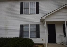105 AJ Lane Selma,North Carolina 27576,3 Bedrooms Bedrooms,2 BathroomsBathrooms,Apartment,AJ Lane,1042