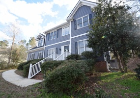 305 Neuse Ridge Dr Clayton,North Carolina 27527,4 Bedrooms Bedrooms,2 BathroomsBathrooms,House,Neuse Ridge Dr,1071