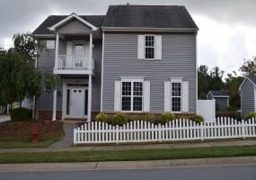 185 Sioux Lane Clayton,North Carolina 27520,3 Bedrooms Bedrooms,2 BathroomsBathrooms,House,Sioux Lane,1088